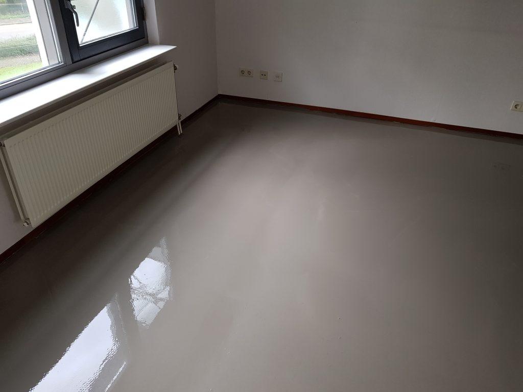 Vaak Cementdekvloer egaliseren door vloeren service Wolter TR53